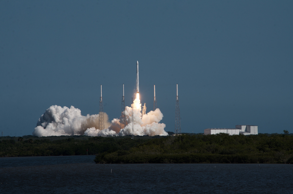 SpaceX Falcon 9 rocket liftoff